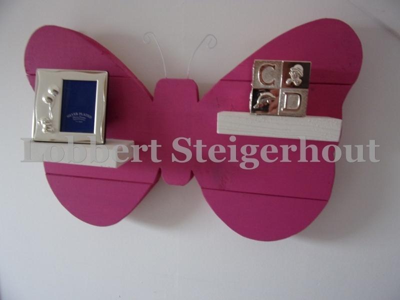 Steigerhouten kinderwandbord Vlinder met schapjes