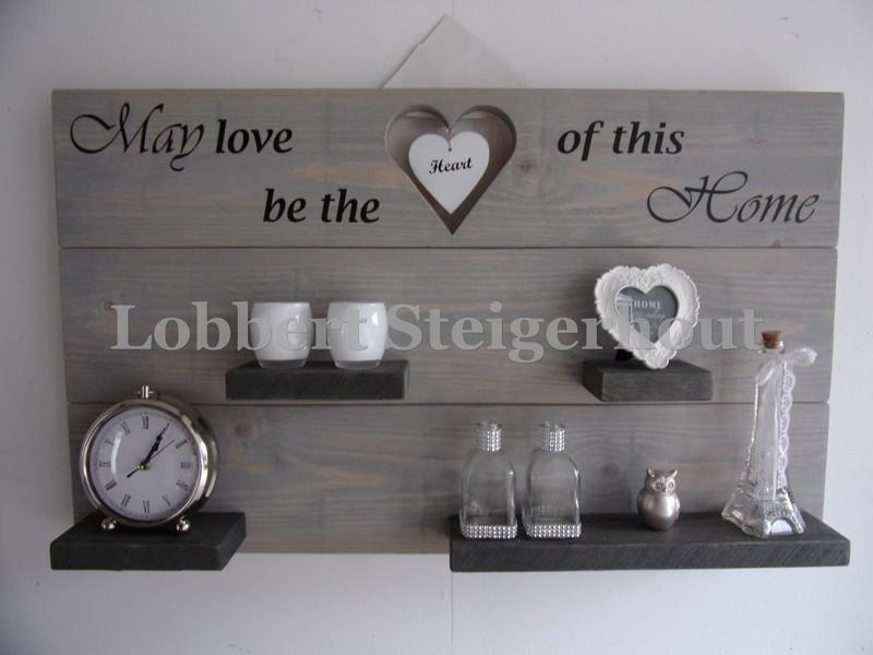 Steigerhouten Wandbord May love be the heart of this Home, 100x60 cm met hangend hart en 2 kleuren beits