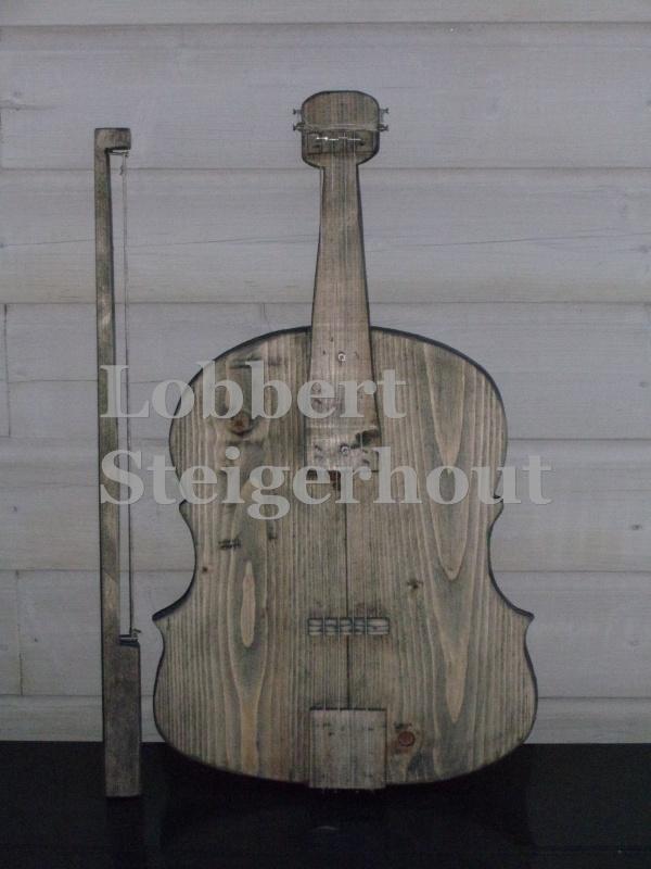 Steigerhouten viool met strijkstok