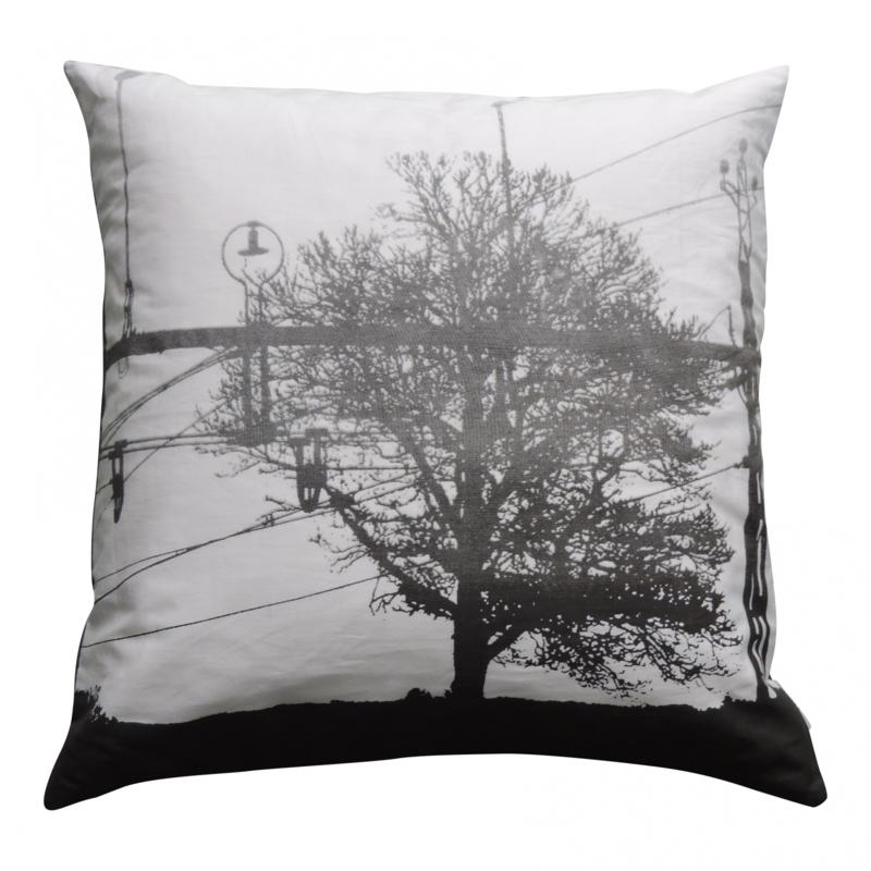 Kussen 'Tree' zwart wit