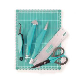 71278-7 We R Memory Keepers • Mini tool kit & magnetic mat