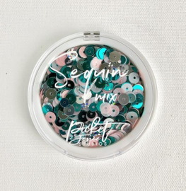 SQ-123 Frozen Nutcracker Sequin Mix