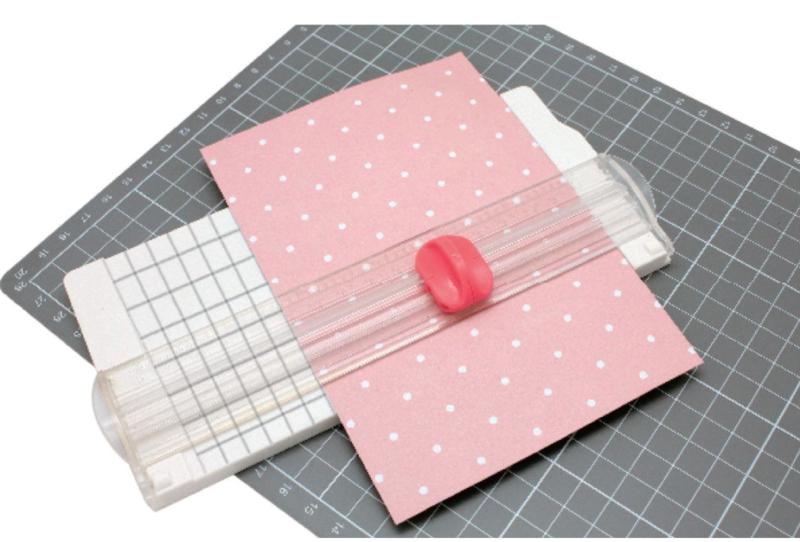 2137-049 Vaessen Mini Paper Trimmer