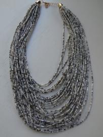 Kralenketting wit/zilver/grijs