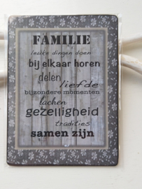 "Tekstbord ""familie"""