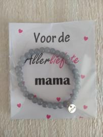 Armbandje love, voor de allerliefste mama