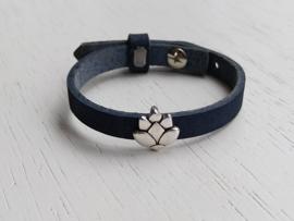 Leren armband blauw met lotus schuiver