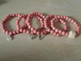 houten kralen armband vintage pastel roze