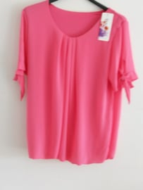Top fuchsia
