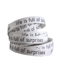 Krullint   LIFE IS FULL OF SURPRISES   WIT-ZWART