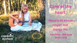 Cave of the heart | Kirtan en Mantra zingen met Ganga Ma