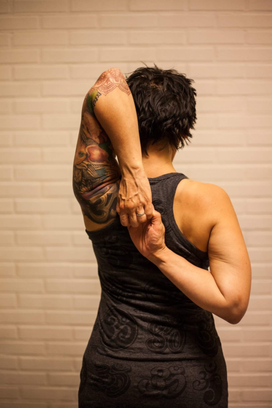 Workshop Iyengar voor Nek & Schouders - Yoga Point Leidsche Rijn - Zondag 25 oktober - 12.30 tot 15.30 uur - Jon Doppen