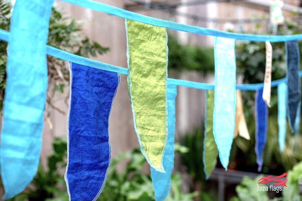groen blauwe slinger van stof