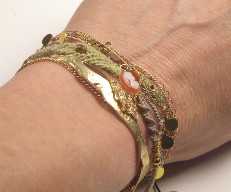 Brcacelet set Sophisticated Gold
