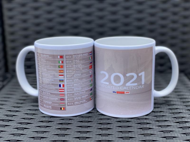 Kalender F1 2021 op een mok