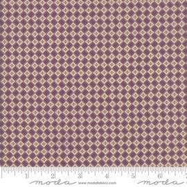 Betsy Chutchian Susanna's Scraps purple 31584 19