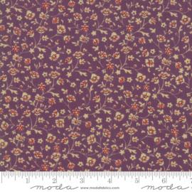 Betsy Chutchian Susanna's Scraps purple 31583 16