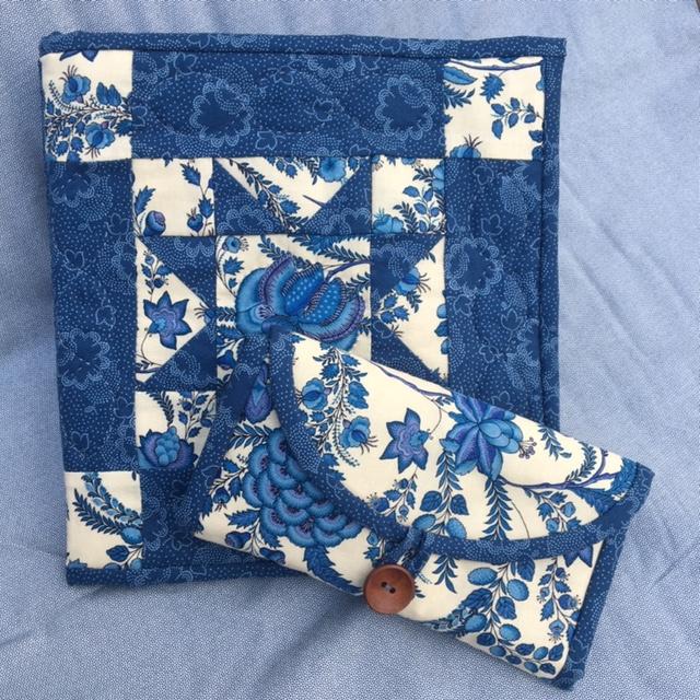 China Blue Huswif & Blockbook