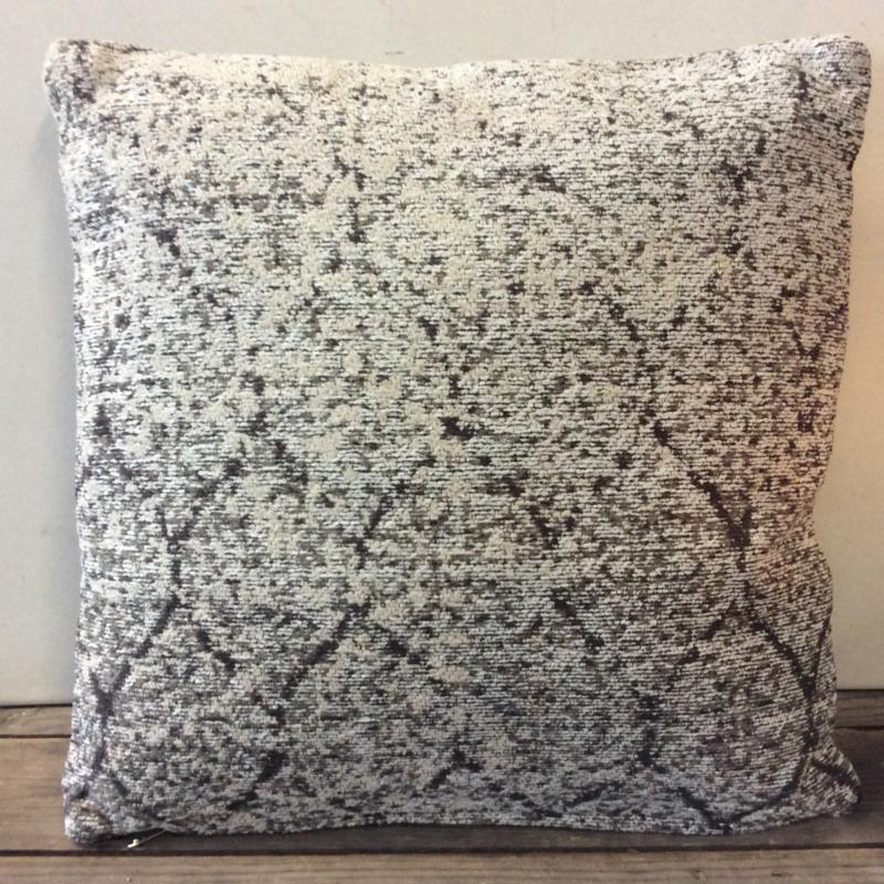 Kussen Elizabeth | Textiel | Fouk's Landelijke Woonaccessoires