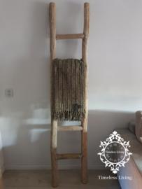 Oud houten balken ladder no. 2