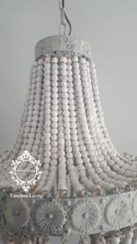 Kroonluchter oud wit met houten kralen - Maat L