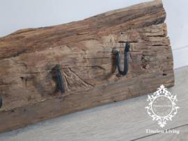 Kapstok Railway - Stoer oud houten wagondelen no. 15