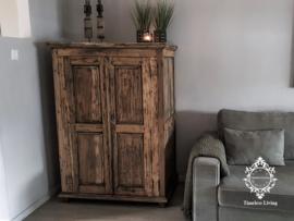Kast 2 deurs - Rustiek geleefd massief hout