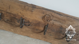 Kapstok Railway - Stoer oud houten wagondelen no. 10