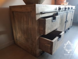 TV Meubel Vito - Massief hout industrieel ijzerwerk - 170 cm.