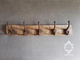 Kapstok - Stoer & sober oud hout no. 31