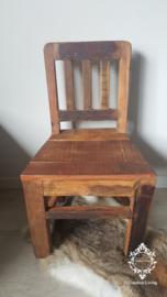 Kinderstoel industrieel sober stoer massief hout
