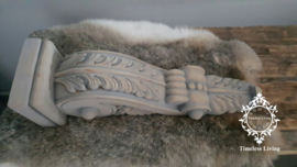 Ornament eikenhout snijwerk vergrijsd uit Indonesië