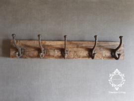 Kapstok - Stoer & sober oud hout no. 30