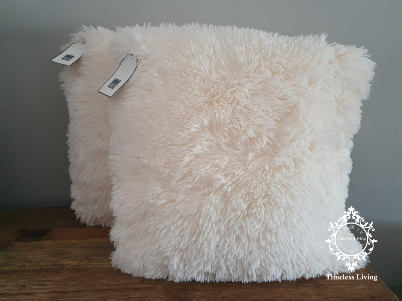 Dutch Decor Fluffy kussen - Ivoor 45 x 45