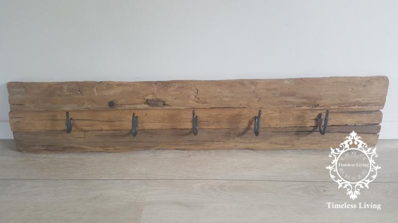 Kapstok Railway - Stoer oud houten wagondelen no. 5