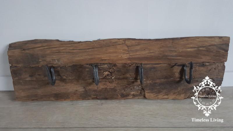 Kapstok Railway - Stoer oud houten wagondelen no. 13