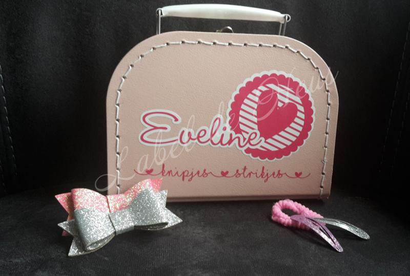 Knipjes koffertje (Licht Roze)