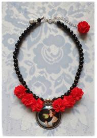 Ketting - Flamenco - red flowers