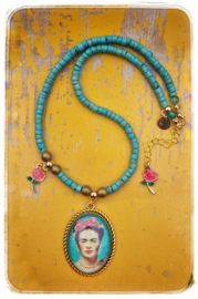 Ketting - Frida Kahlo turquoise en roze roosjes