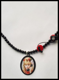 Ketting - Brigitte Bardot - Please pick up the phone