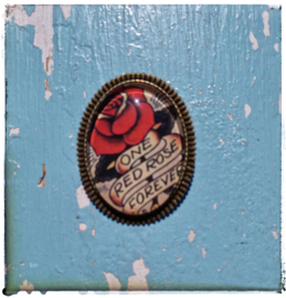 Broche Old-school tattoo One red rose forever (bronskleurig)