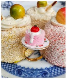 Ring - Kersjes - Aardbeientaartje