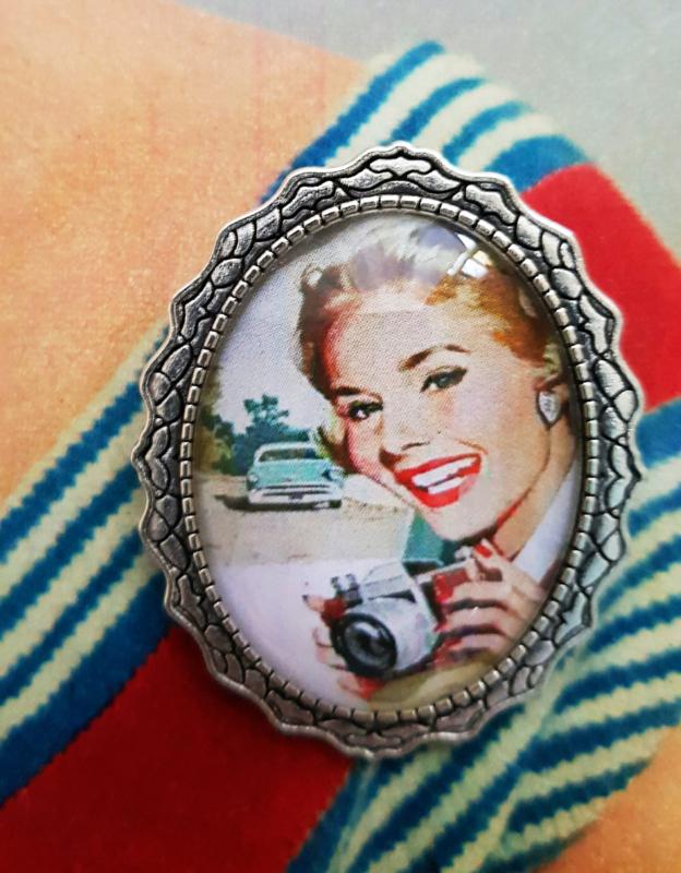Broche - Vintage photoshoot