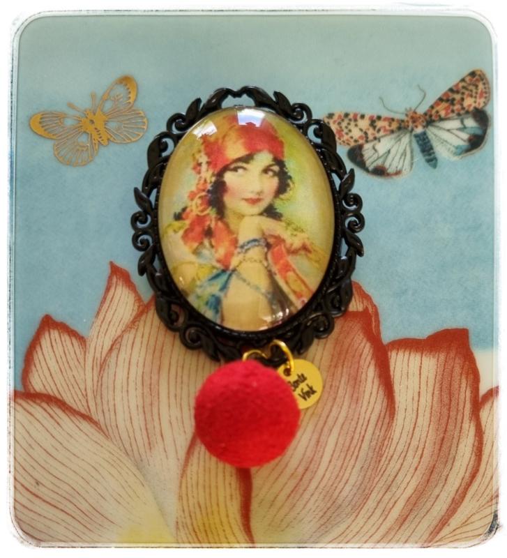 Broche - Gypsy soul - met rood bolletje