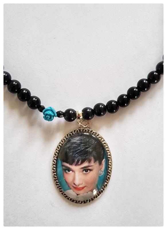 Ketting - Audrey Hepburn - roosje