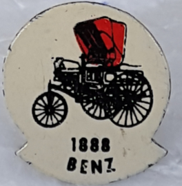 SP0314 Speldje 1888 Benz [rood]