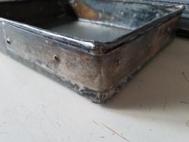 Metalen dienblad