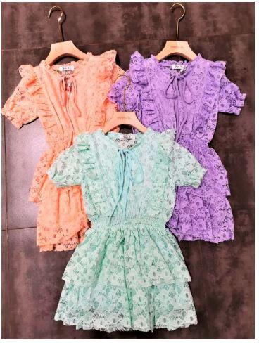 kanten jurkjes in 3  kleuren