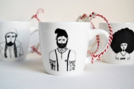 Koffiemok - Tattoo man mug by Helen B