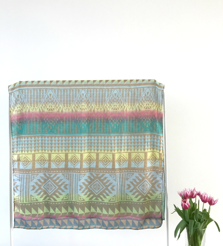 Sjaal - Pop of Colour Aztec